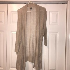 Open knit cardigan with pockets